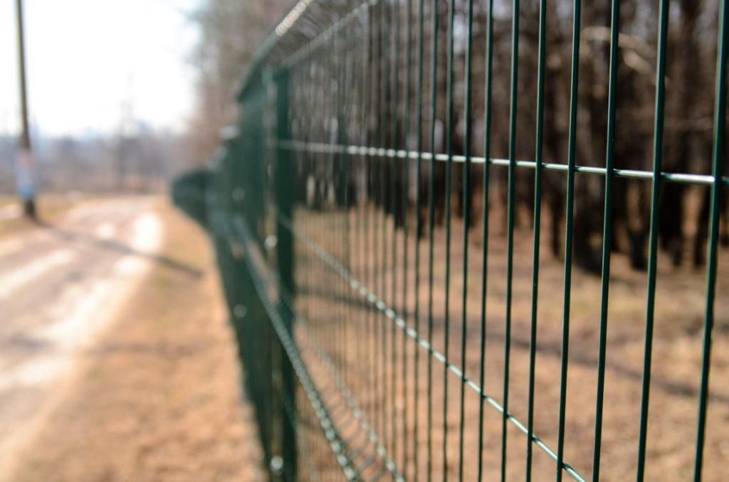 wire mesh fence on your farm